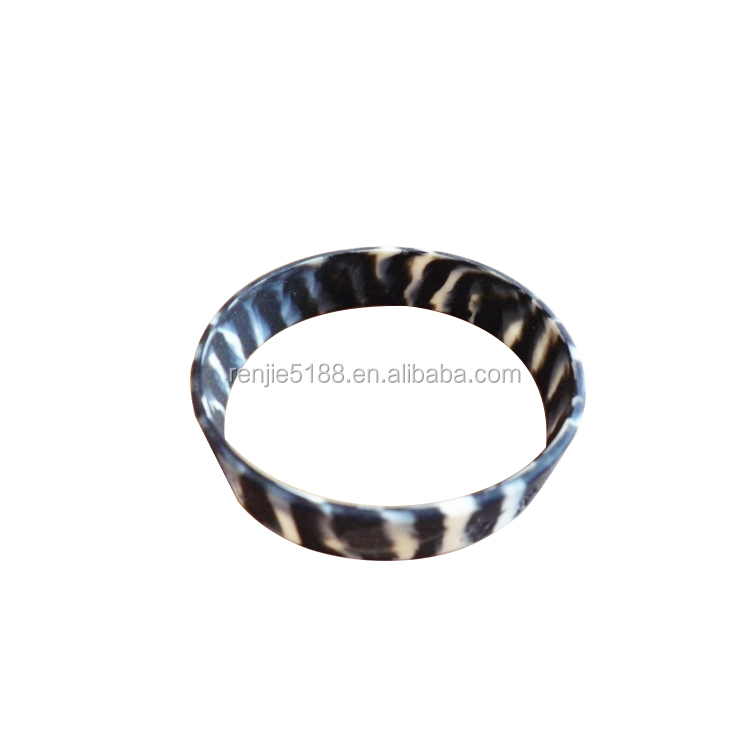 Cheap price,Promotional Gifts,Printed logo 100% Silicone Bracelets Free Sample Offered