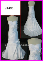 2014 guangzhou real sample strapless slim satin A-line wedding gowns/bridal dress with beaded floral/sweetheart J1495