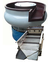 Vibratory Polishing Machine With Cleaning