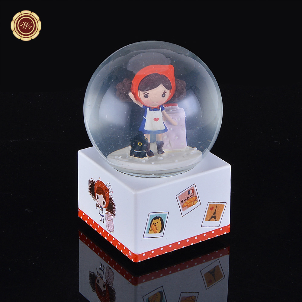WR Festival Gift Lovely Korea Pura Girl Musical Snow Globe /<strong>w</strong> Cute Travel To Paris Girl Home Decor Craft 10x15x10cm