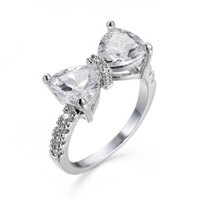 Korean Sweet Style Lovely Women White Gold Plated Ring Micro Paved Austrian Crystal Bowknot Engagement Band Ring