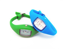 2013 new products silicon watch Japan quartz movt 5ATM
