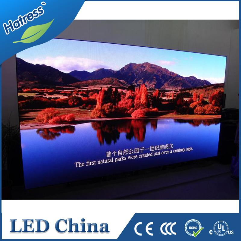 Meeting concert advertising use factory price full colour P3 custom design led billboard