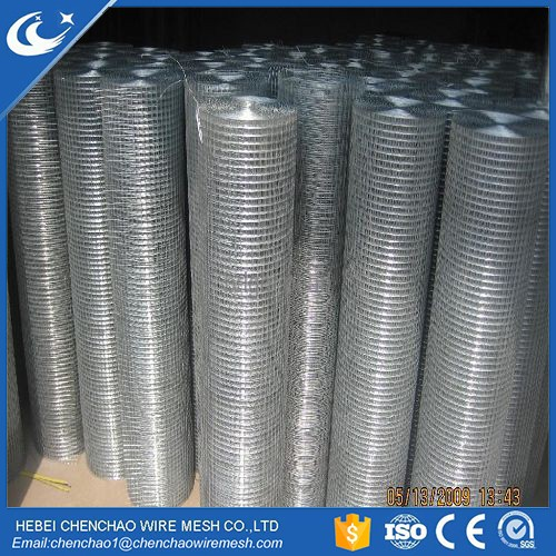 low price welded wire mesh/ galvanized welded wire mesh / PVC coated wire mesh fence supplier