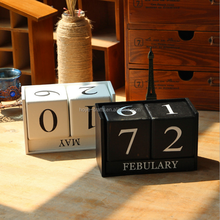 Creative Retro Wooden Blocks Daily Perpetual Desk Calendar for Home Decoration