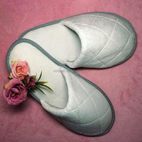 quilting cotton velour hotel slippers with anti slip dot cloth sole