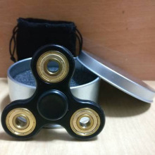 Free samples tri-spinner hand spinner fidget toys for adults