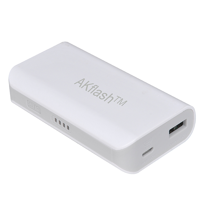 Power Bank/Universal Power Bank with ,8000mAh Capacity, Ideal for Mobile Phones, iPhone, iPad