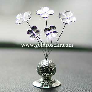 Lucky Four Leaf Silver Clover Car and Home Aroma Decorative With Gift Case