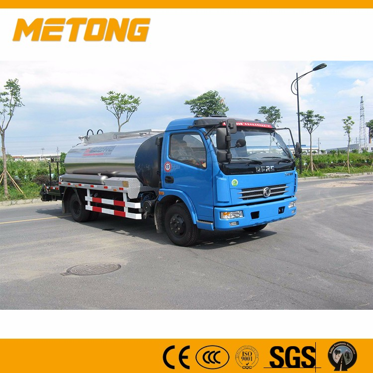 METONG China famous brand High Performance Asphalt Distributor Trucks For Road Maintenance