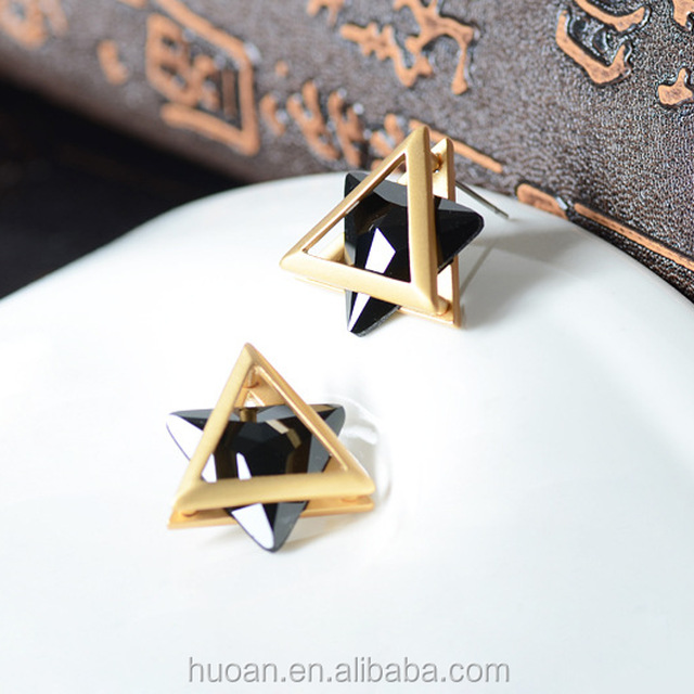 Korean high-end fashion triangle earrings crystal earrings gold plated color retention, fine jewelry wholesale
