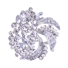 Unisex blossom flower curled leaves diamante magnet brooch for men and women