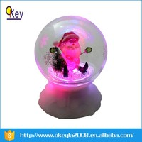 LED plastic christmas snow globe manufacture with musical lighted
