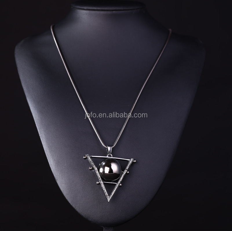 Celebrity Style Get Lucky Metal Triangle Ball Pendant Chain Necklace Vintage Art Deco Triangle & Balls Pendant Necklace