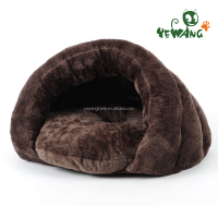 The fashion warm pet product of plush style cat bed