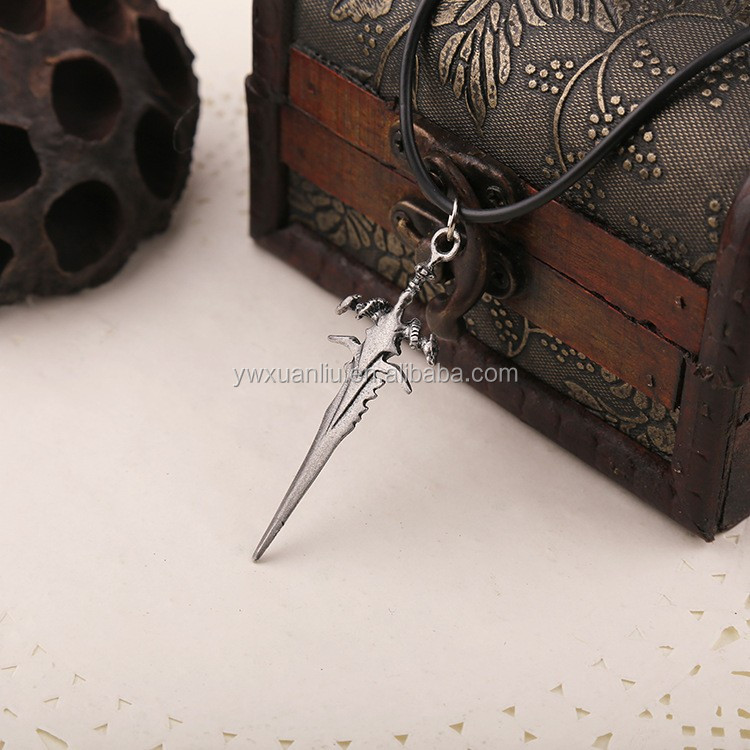 Yiwu factory manufacturer vintage styles charms necklace , fashion sword charms necklace for man