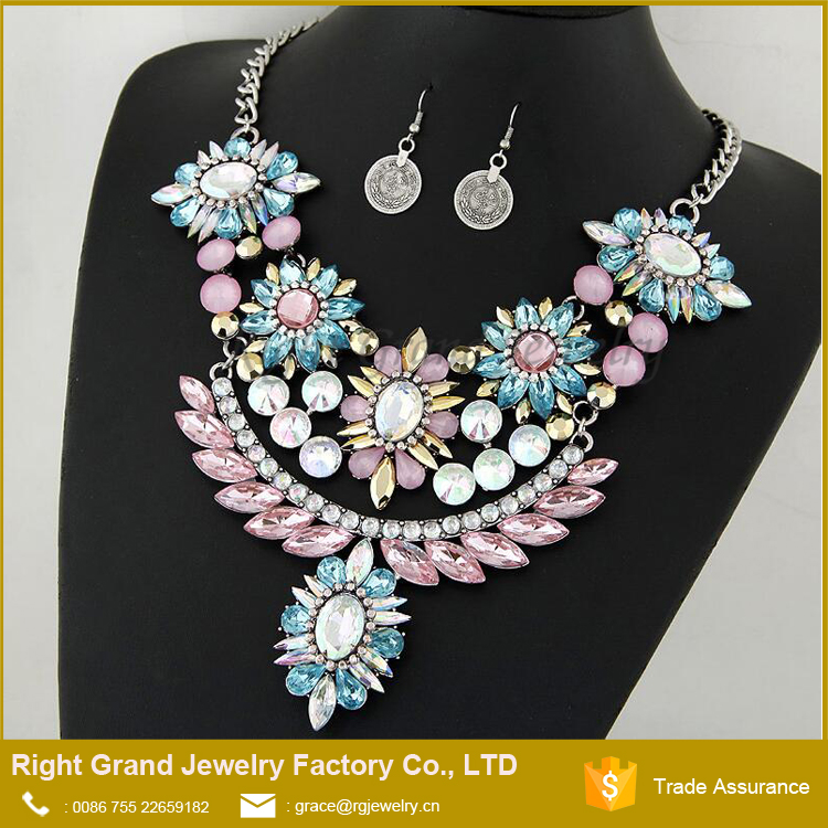 Cheap Antique Gold Crystal Necklace Earrings Woman's Statement Necklace Jewelry Sets