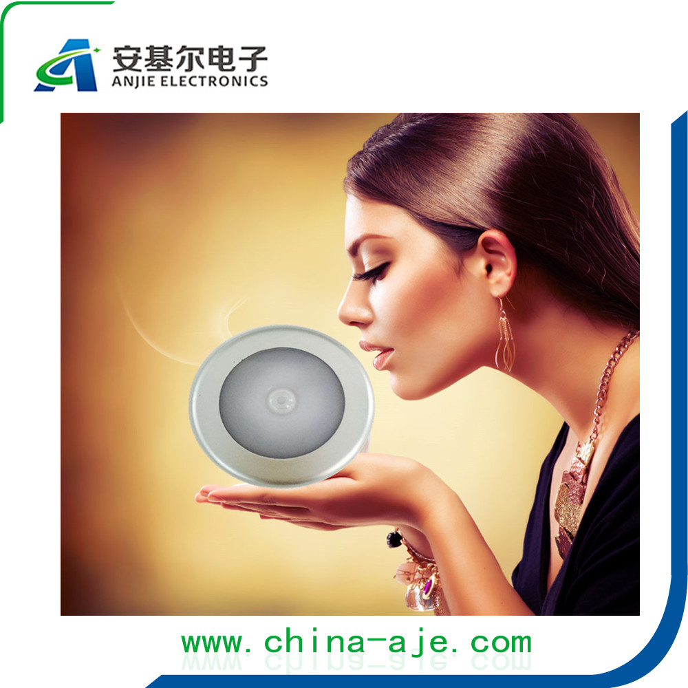 High Quality !!! 12 years Factory Products round 6 led 3*AAA Battery Operated motion detector lights