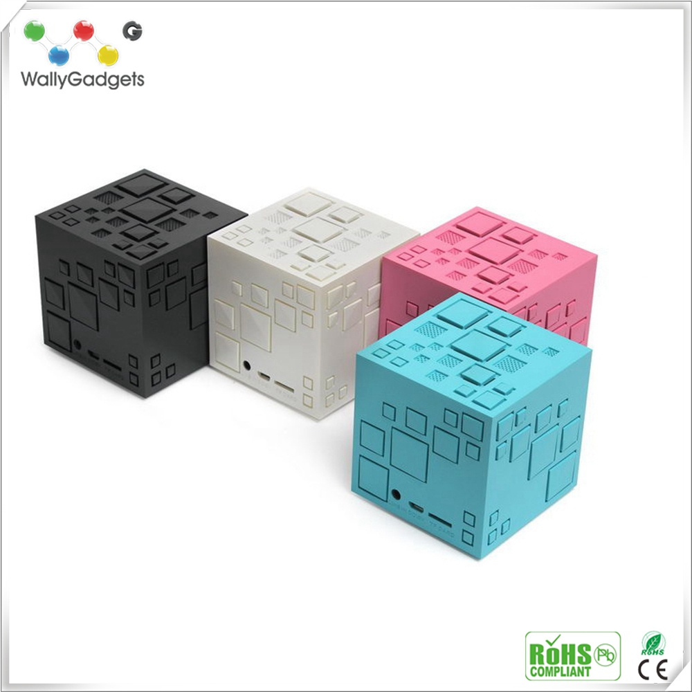 New Fashion Rubik Cube Bass Portable Wireless Bluetooth Speaker Mini Speaker