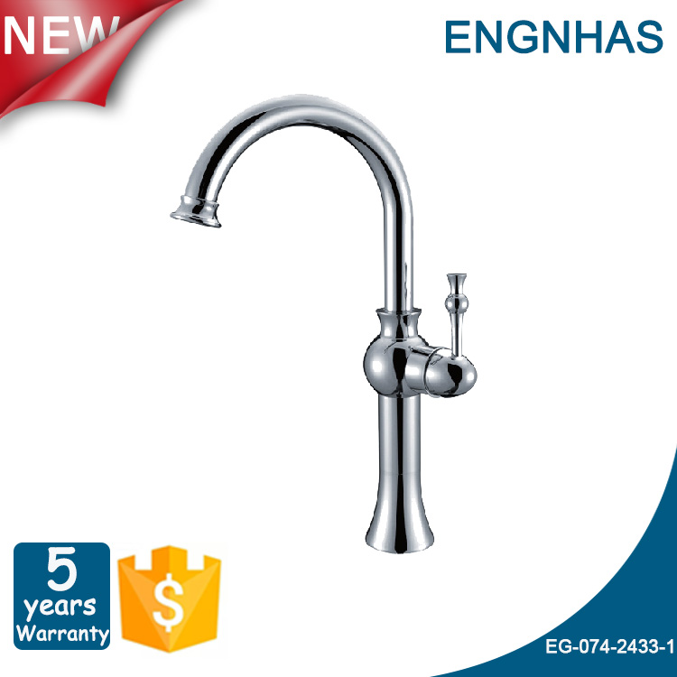 China sanitary market deck mounted brass body upc brand basin mixer faucets with high quality