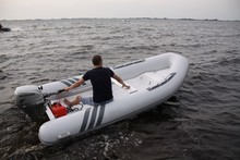 Liya 2m-5m CE certificate rib boat inflatable dinghy mini yacht
