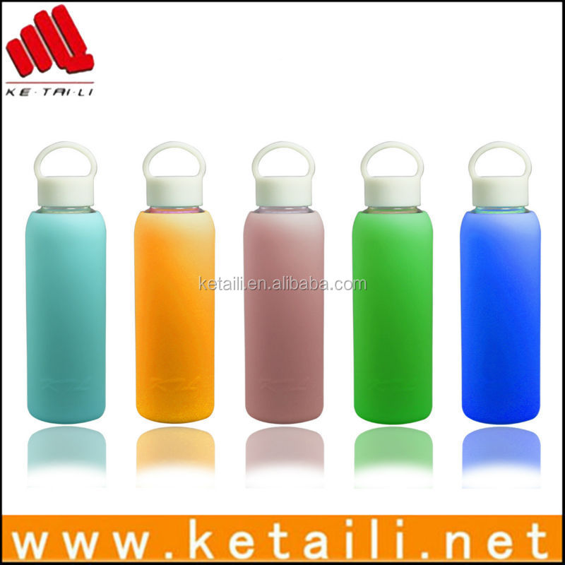 China supplier welcome custom sports water bottle with silicone cover