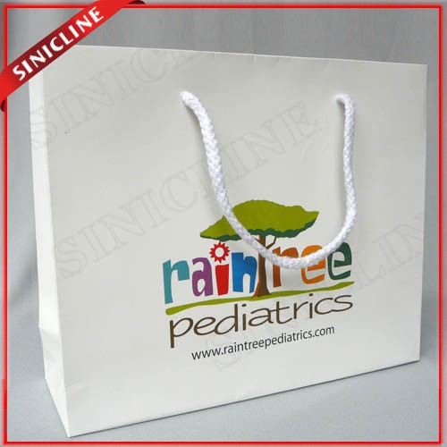 White Reusable Folding Luxury Paper Shopping Bags with LOGO