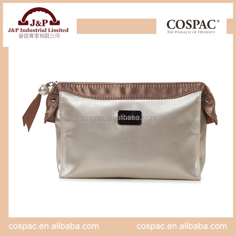 Eco-friendly waterproof small silk satin toiletry bag for cosmetic