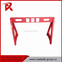 Plastic traffic barrier red road workers barrier price