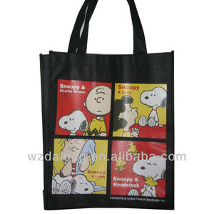 Snoopy Cartoon Non Woven Gift Bag