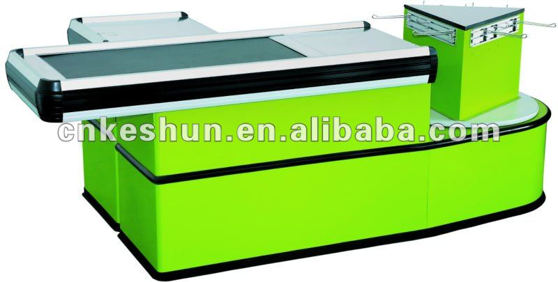 checkout counter with belt
