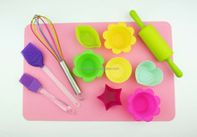 Factory wholesale 11-Piece Cupcake and Decorating Kit