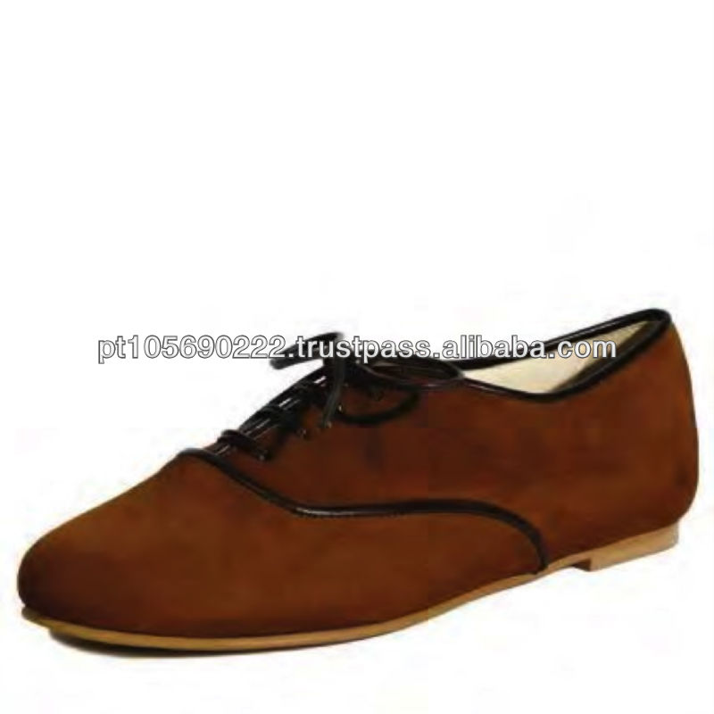 Shoes in leather Nobuk 9604