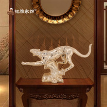Wholesale large resin animal statue lifelike decorative concrete leopard shape resin crafts