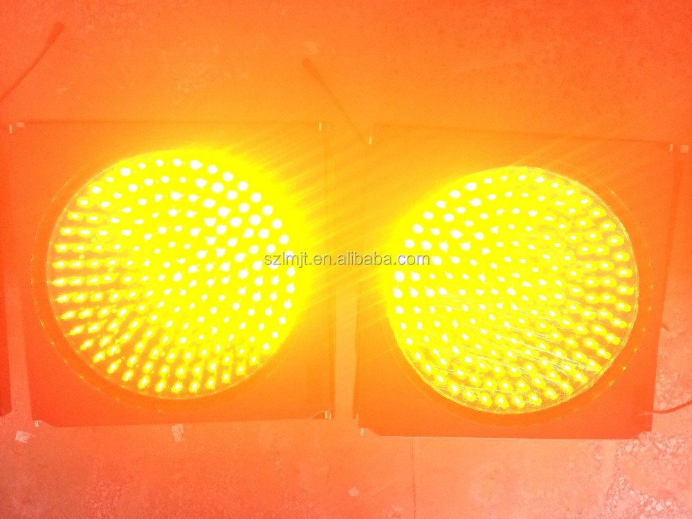 CE approved road safety solar led yellow traffic light