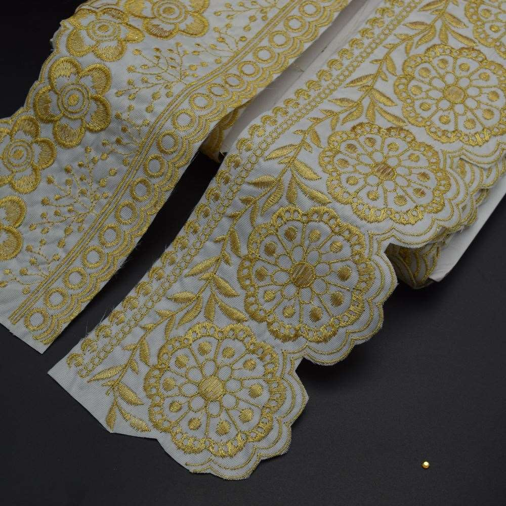 White ployester oxford fabric Gold Floral Embroidery Lace Ribbon Trim 4''