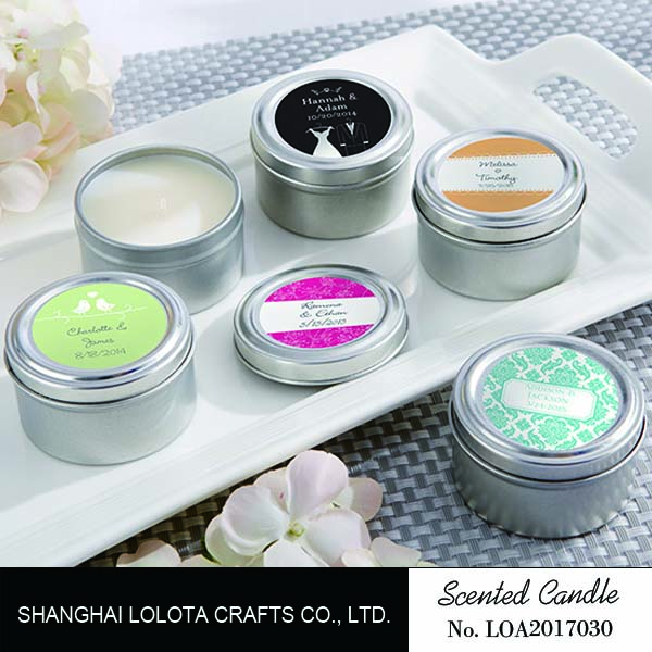 Scented candle in Tin jar looks cute and convenience to take