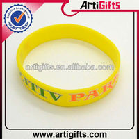 2013 Cheap customized silicone bracelet mold