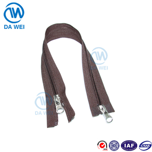 Dawei brand wholesale fashion design custom the zipper of double opening and two slider 3# nylon zipper
