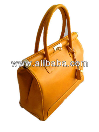 Genuine Leather Made In Italy tote bag lemon