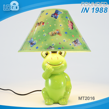 New products decorative ceramic led table lamp cartoon table light for kids reading use