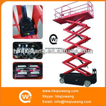 Automatic self propelled hydraulic scissor type lifter