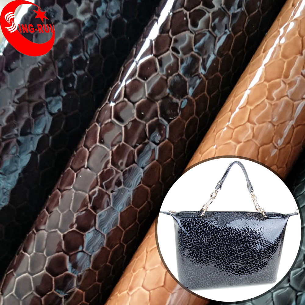 China Supplier PU Material and Embossed Pattern Bag Leather