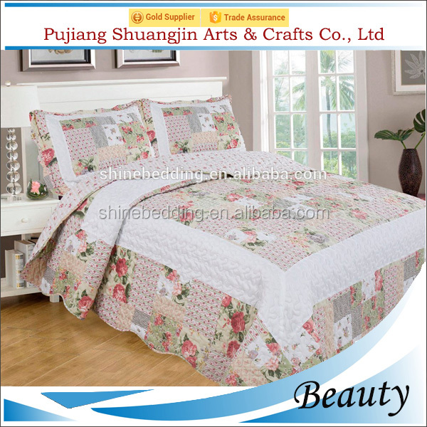 Flower design 100% polyester/cotton patchwork quilted thin bedspread for summer