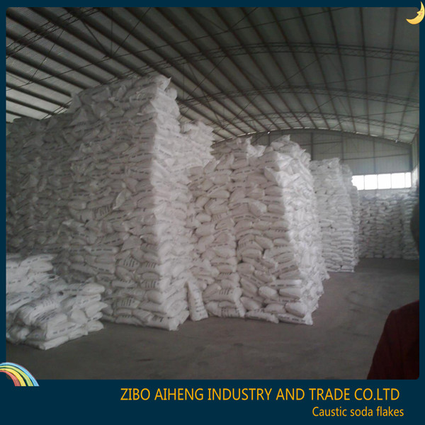 25 kg bag food grade and industry grade manufacturer bulk sale market price uses caustic soda flakes