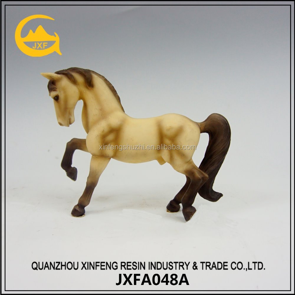 Active Design Tabletop Polyresin Resin Horse Sculpture for Home Decoration
