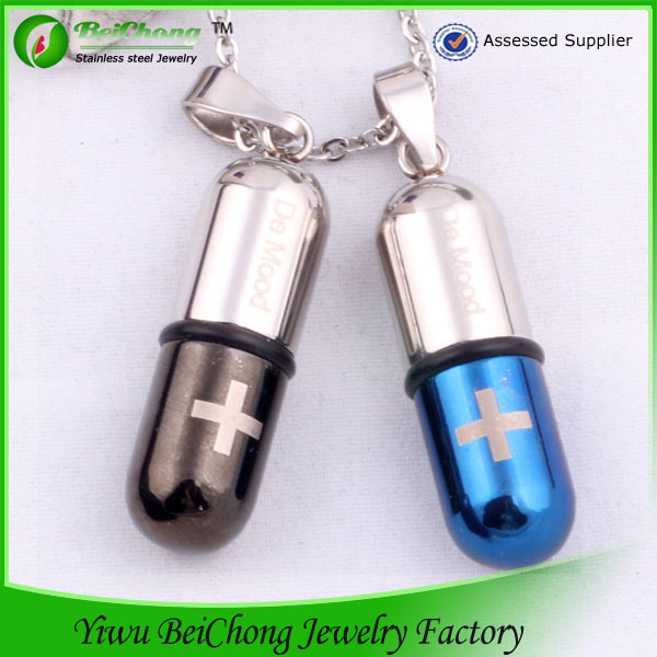 Unisex Stainless Steel Pill Perfume Bottle Pendant Cross essential oil pendant necklace wholesale