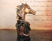 Resin carved resin figurines animals horse head sculpture for office decoration
