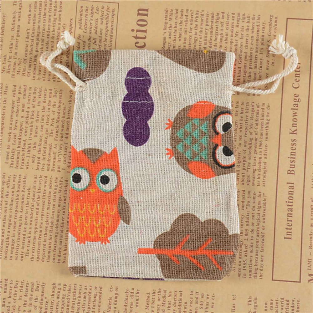 Promotional Cartoon Jute Pouches Drawstring Jute Bag For Herbal Medicine Jewelry <strong>Packing</strong>