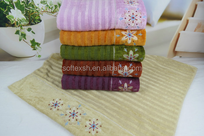100%cotton high quality and good absorbency colorful14s/1 and bambooo velvet bath towel with beautiful embroidery